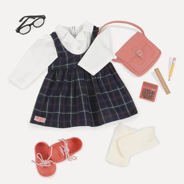 Our Generation, Zestaw ubranek DELUXE - LALKA UCZENNICA - OKULARNICA w sukience w kratkę