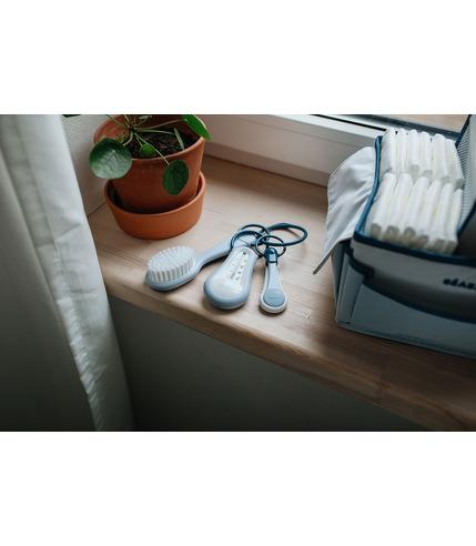 Beaba, akcesoria do pielęgnacji: termometr do kąpieli, obcinaczka, szczoteczka i grzebień mineral