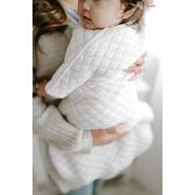 Aden & Anais, bawełniany śpiworek z rękawkami snug fit kremowo – miętowy TOG 1.5, 3-6m