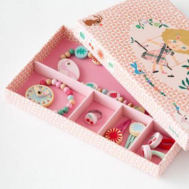 Djeco, zestaw biżuterii drewnianej kolory letnie