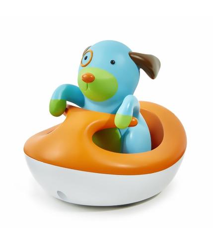 Piesek Zoo i jego pływający pojazd