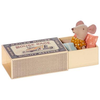 Maileg, Myszka w pudełku - mała siostrzyczka