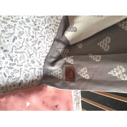Poduszka muślinowo-bambusowa Trójkąty Róż