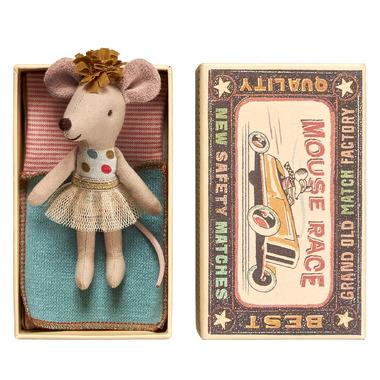 Maileg, Myszka w pudełku - mała siostrzyczka w tiulowej spódnicy