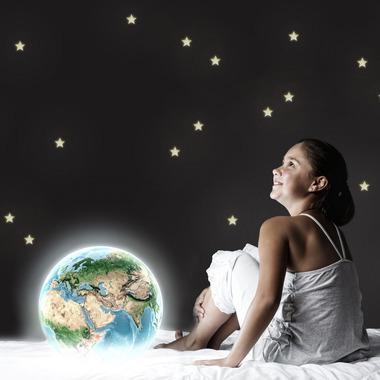Dekornik , Gwiazdki świecące w ciemności