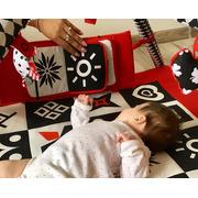 Baby Senses, Kontrastowa mata edukacyjna ze ścianką