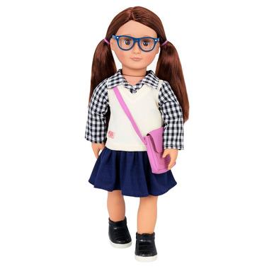 Our Generation, Lalka ADRIA – szatynka okularnica w mundurku szkolnym